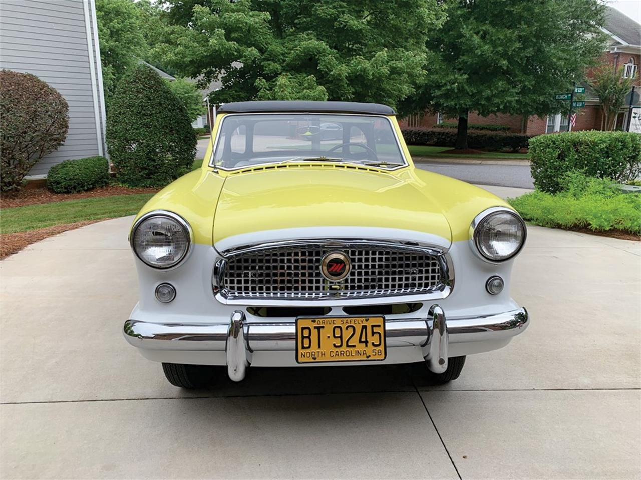 Large Picture of '58 Nash Metropolitan located in Auburn Indiana Auction Vehicle Offered by RM Sotheby's - QDOU