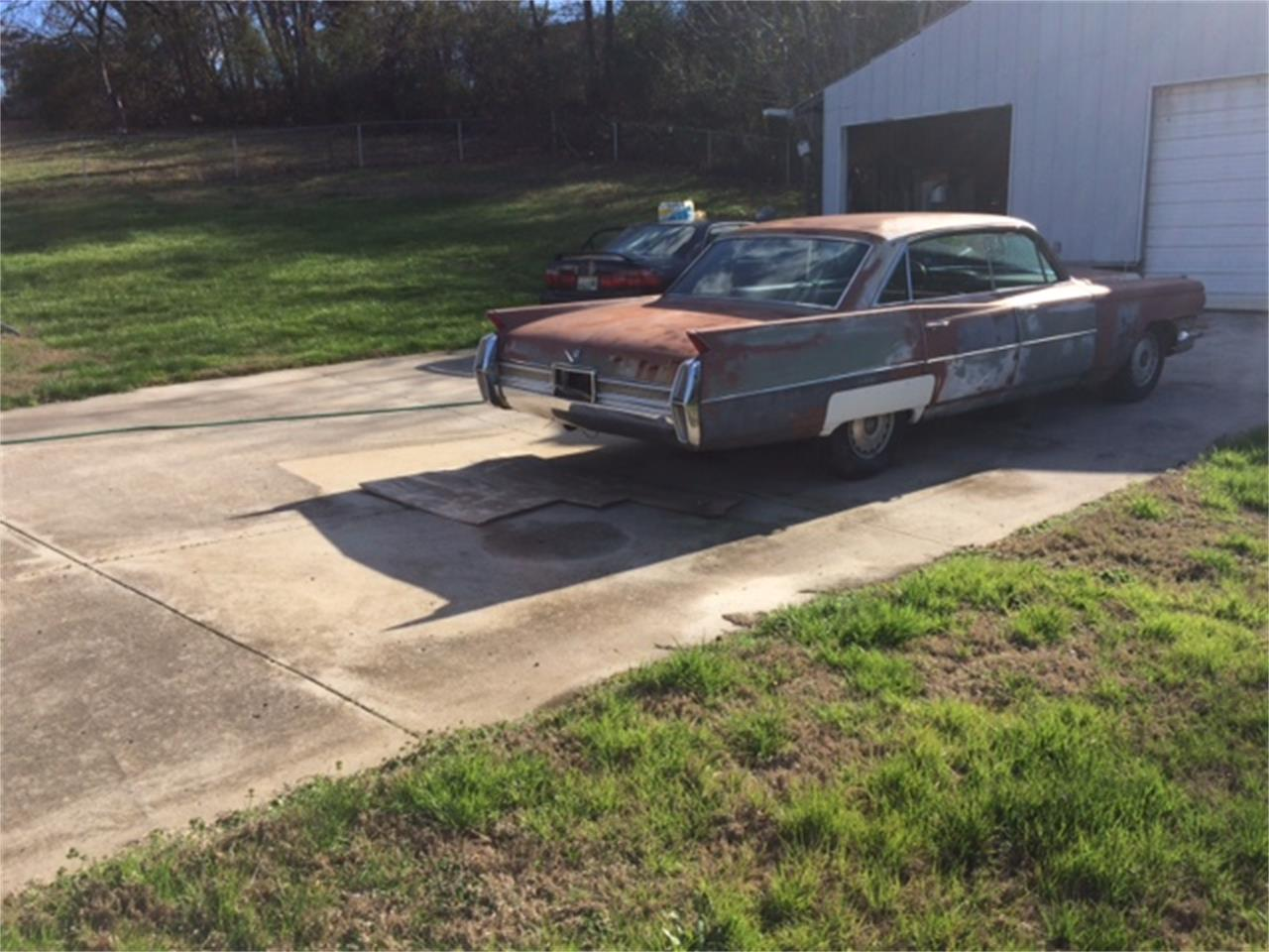Large Picture of Classic 1964 Series 62 located in Tennessee - QDP0