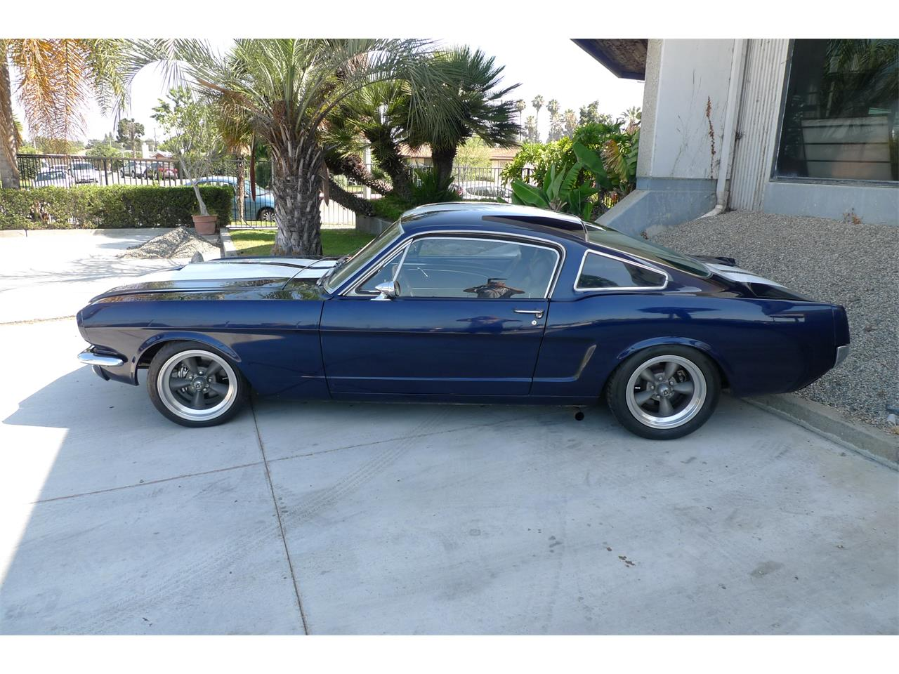 Large Picture of '65 Mustang GT - QJAR