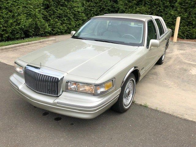 Picture of '97 Town Car - QJEY