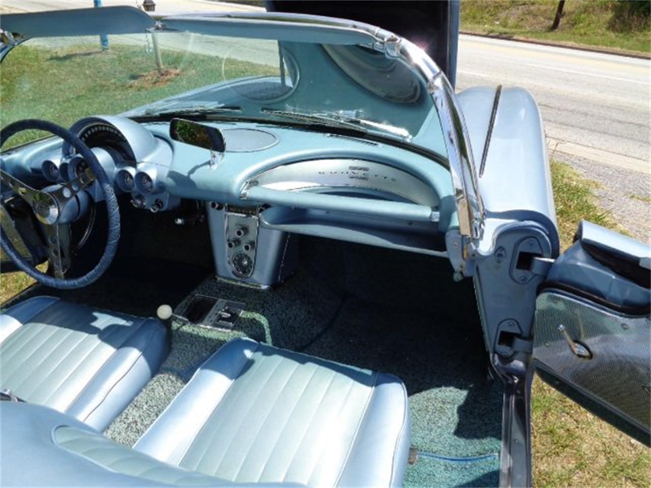 Large Picture of '60 Corvette - QJIN