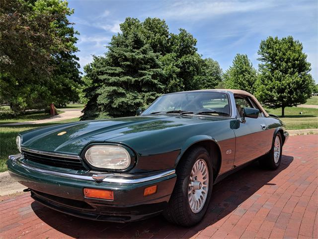 Picture of 1995 XJS located in Blue Rapids Kansas - $11,525.00 Offered by a Private Seller - QJJV
