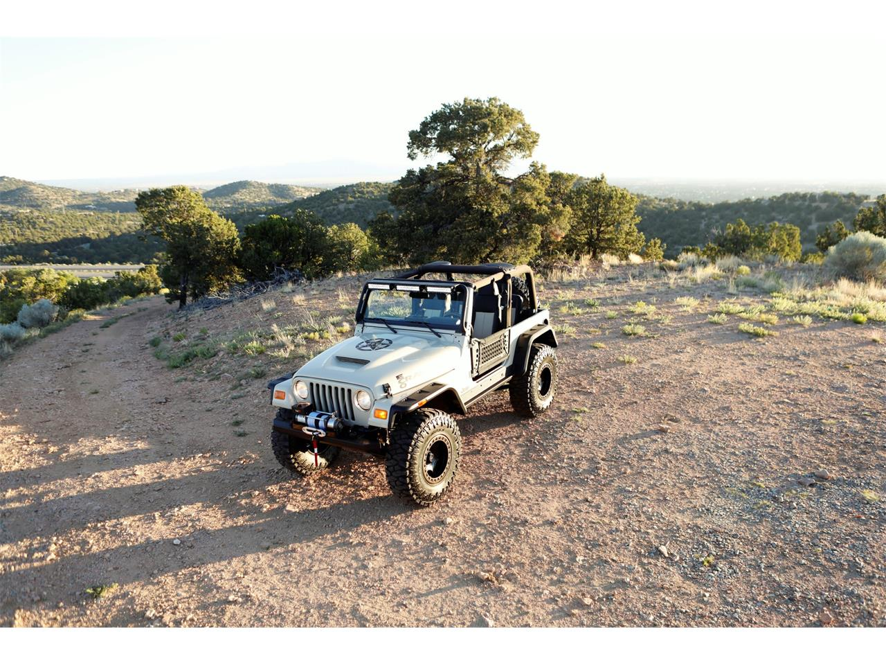 Large Picture of '05 Wrangler - QJNE