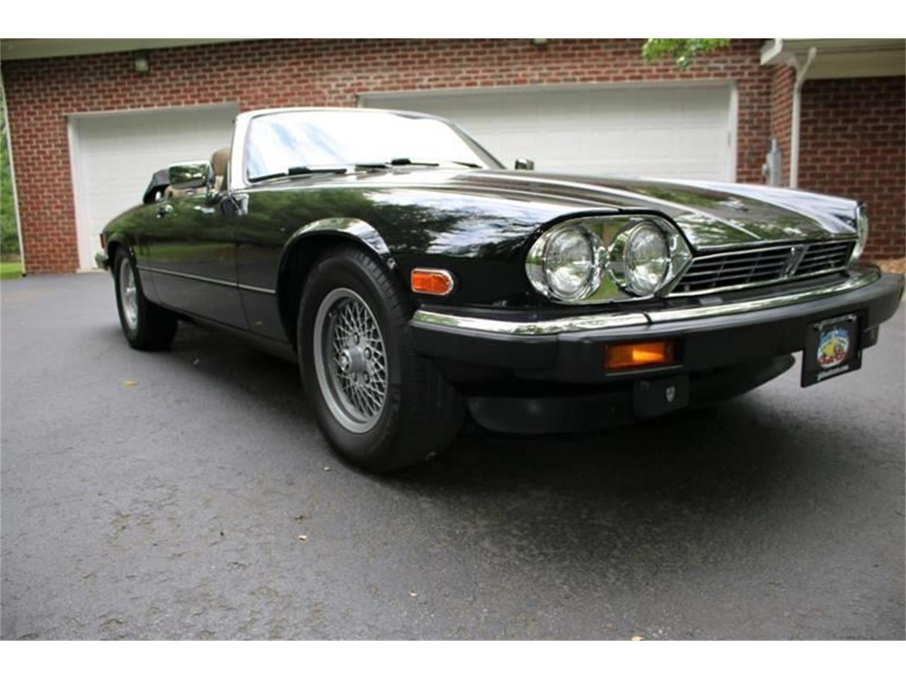 Large Picture of '91 Jaguar XJ Offered by Great Lakes Classic Cars - QJNK