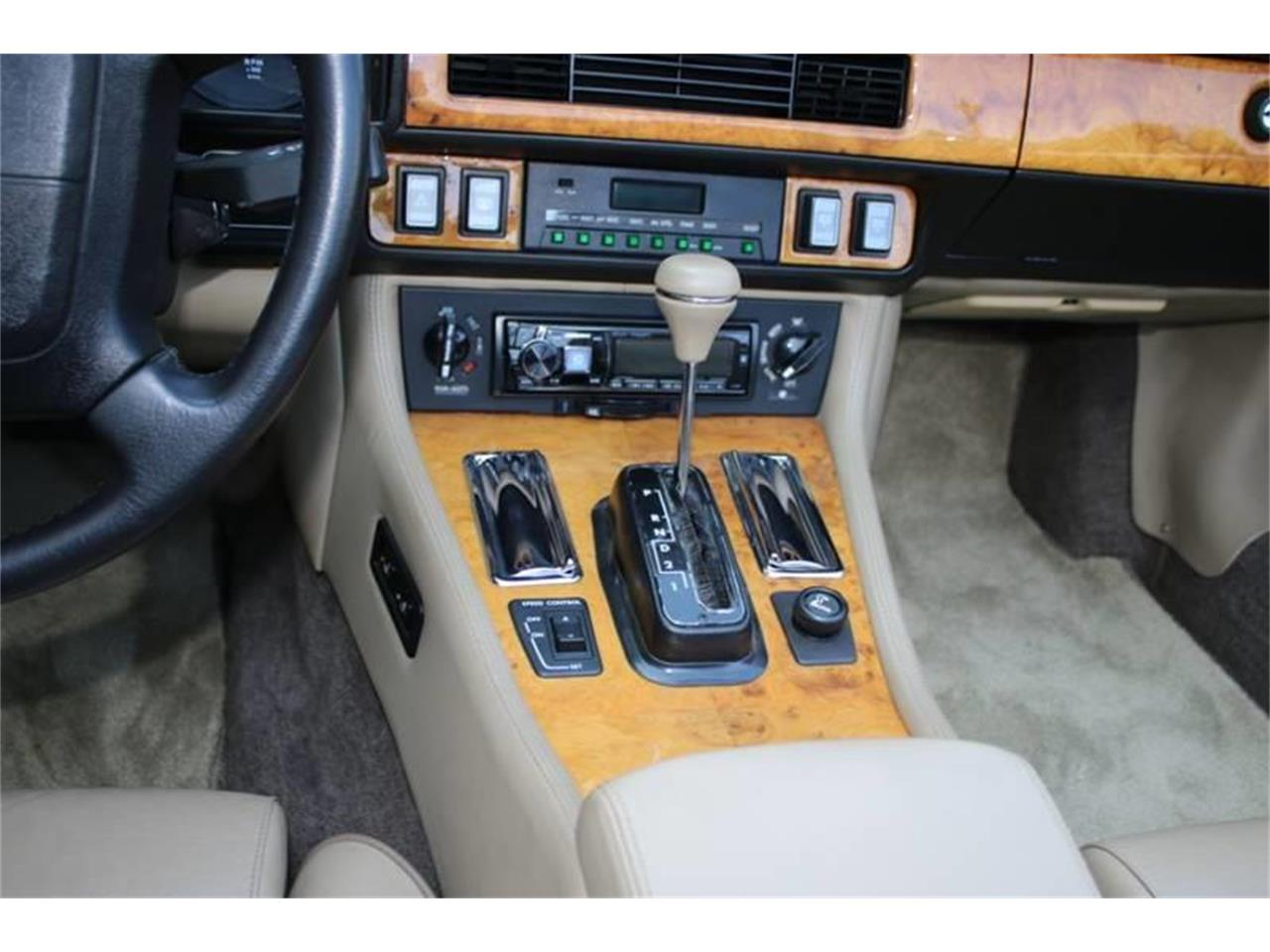 Large Picture of 1991 Jaguar XJ located in New York - $17,995.00 Offered by Great Lakes Classic Cars - QJNK