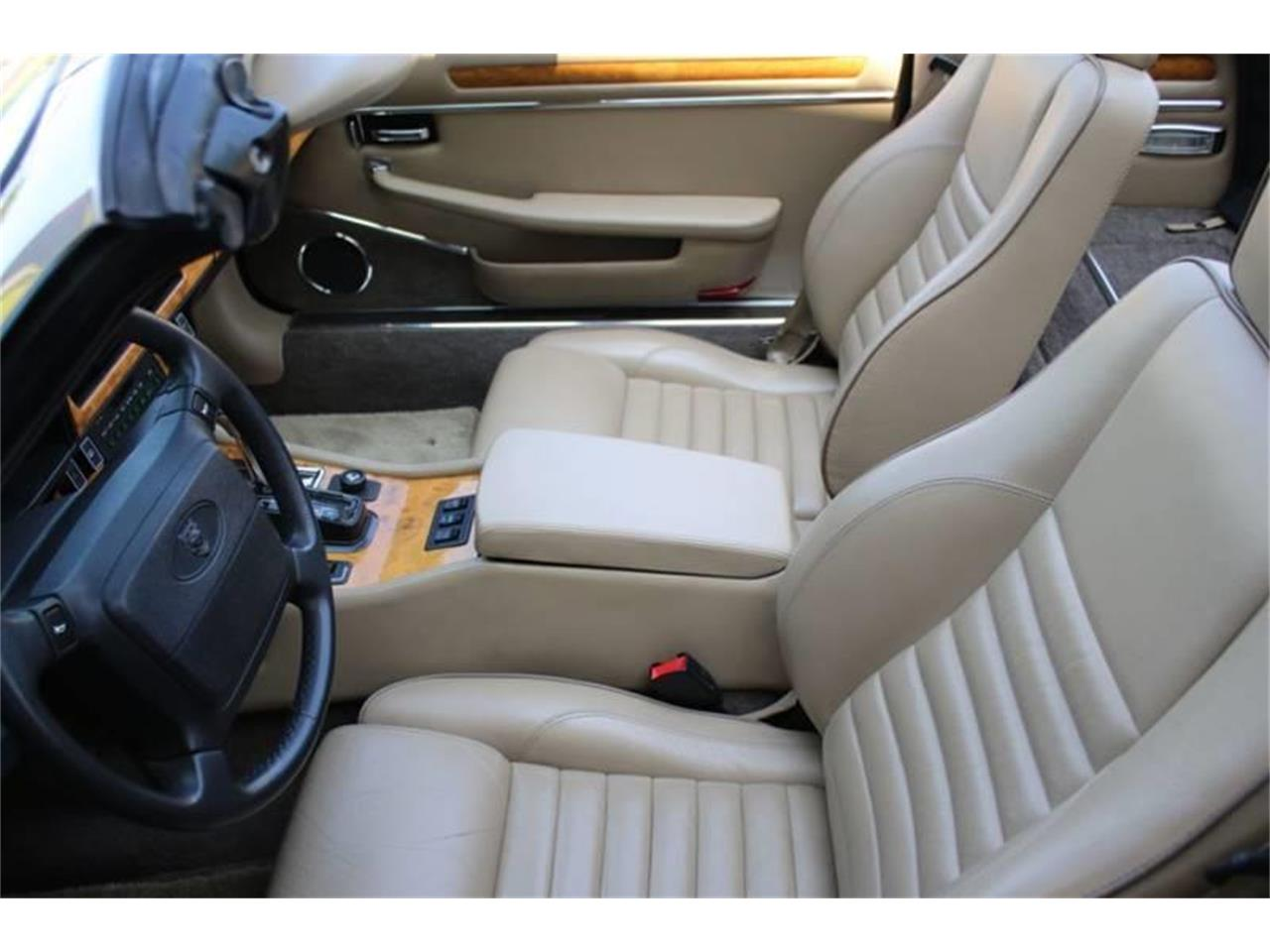 Large Picture of 1991 Jaguar XJ located in New York - $17,995.00 - QJNK