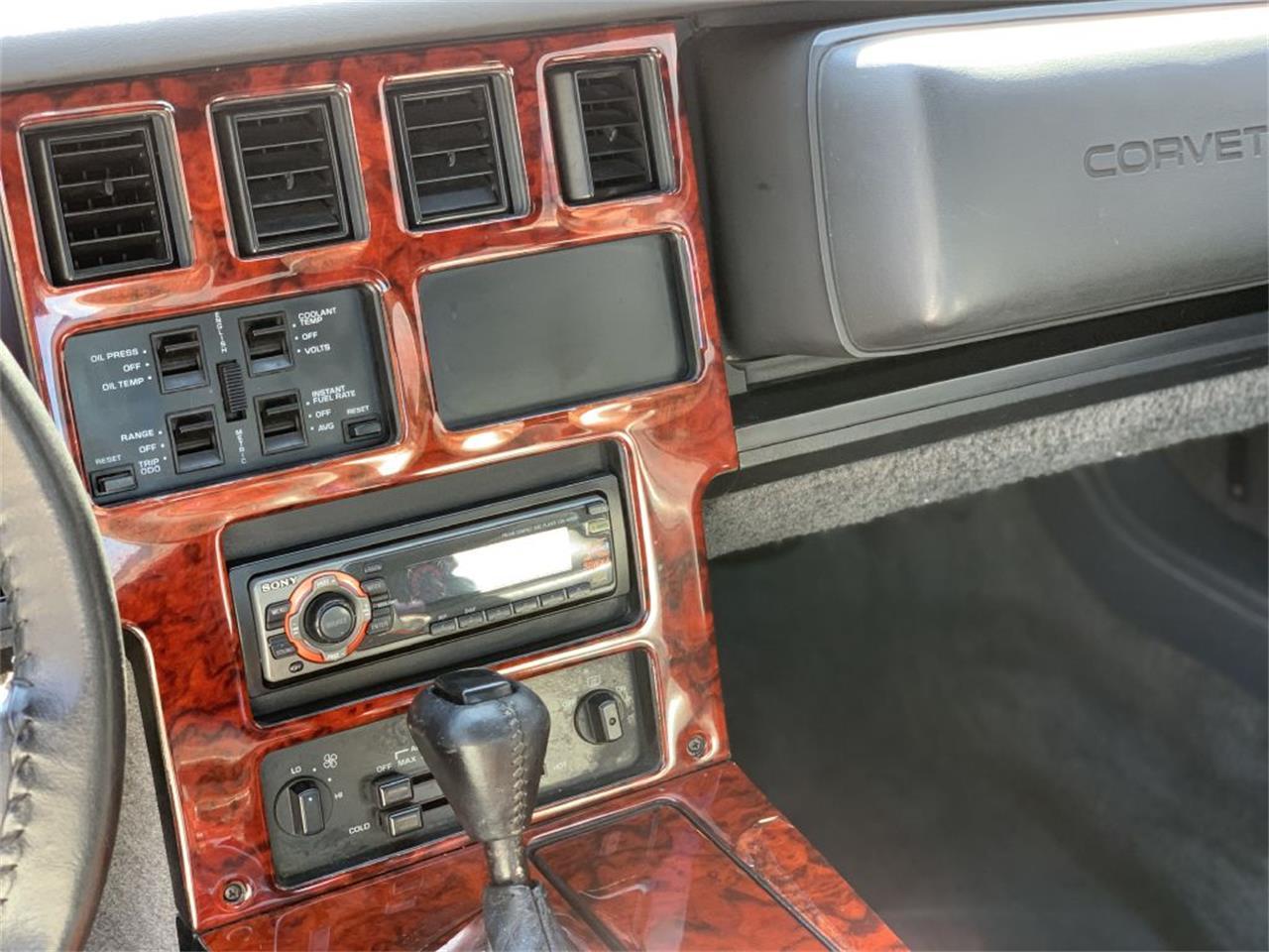 Large Picture of '85 Corvette - QJP9