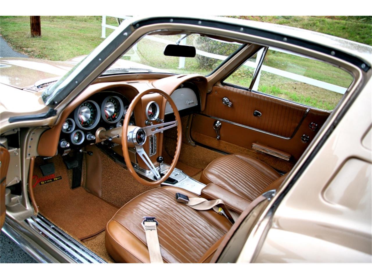 Large Picture of '63 Chevrolet Corvette - QJQ3