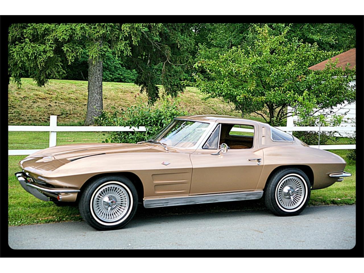 Large Picture of Classic 1963 Corvette - QJQ3