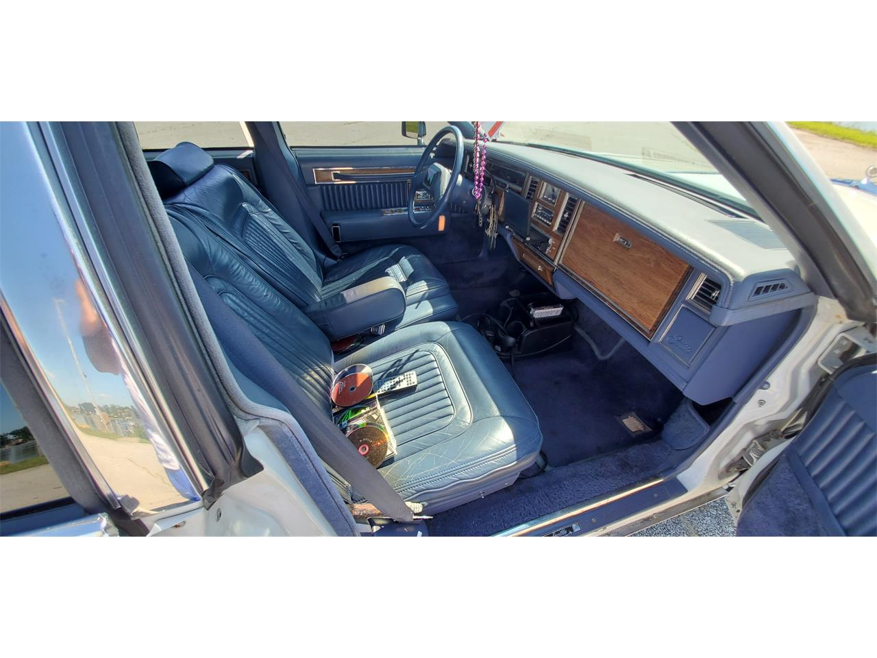 Large Picture of 1983 Cadillac Seville Offered by a Private Seller - QJQR