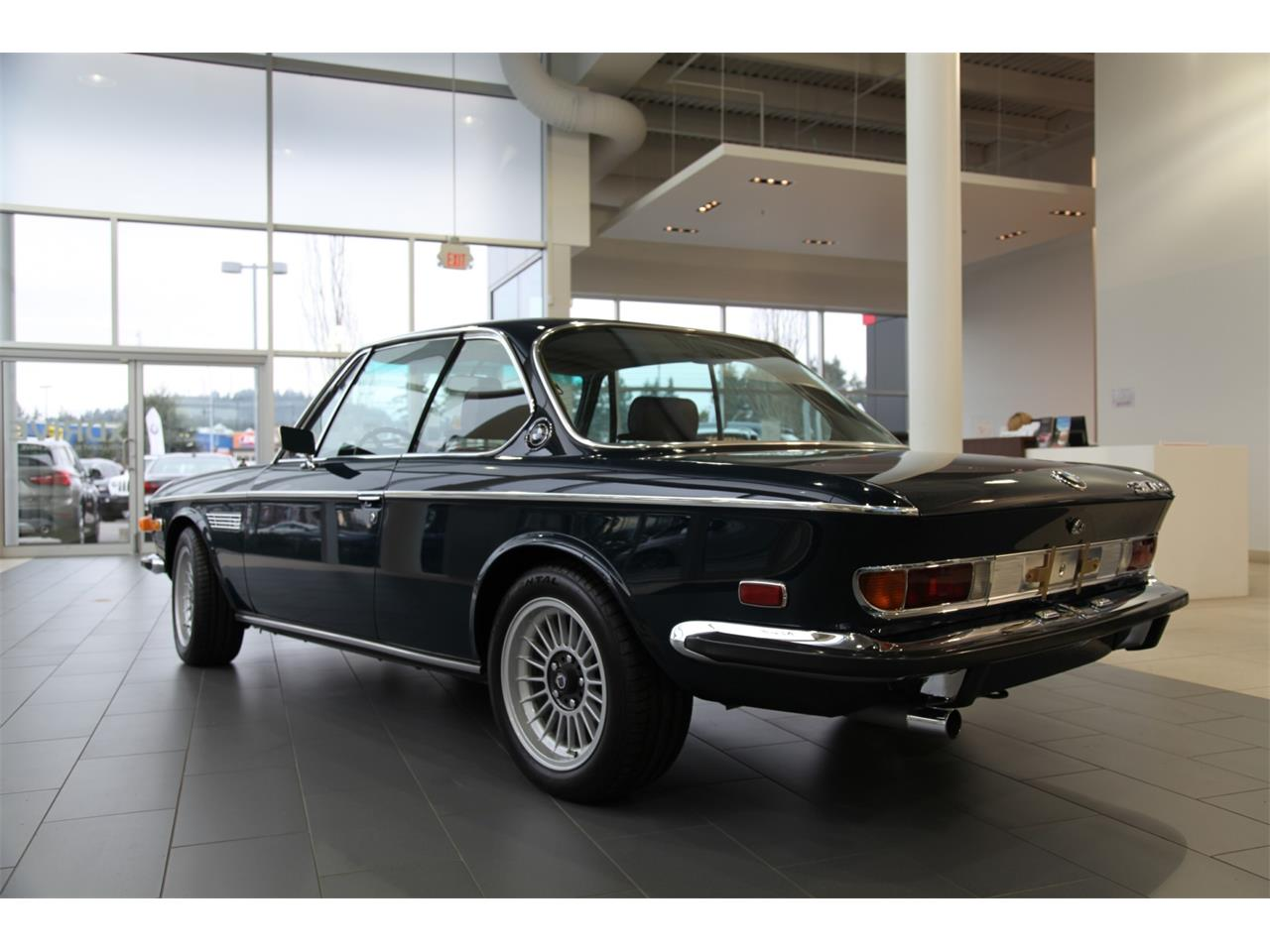 Large Picture of Classic '72 3 Series located in Nanaimo  Auction Vehicle - QJUU