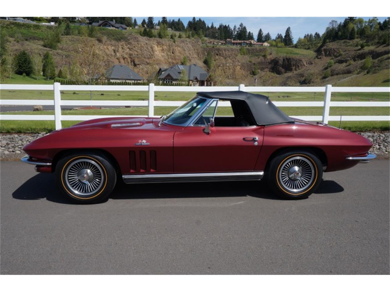 Large Picture of Classic '66 Chevrolet Corvette located in Sparks Nevada Offered by Motorsport Auction Group - QJUW