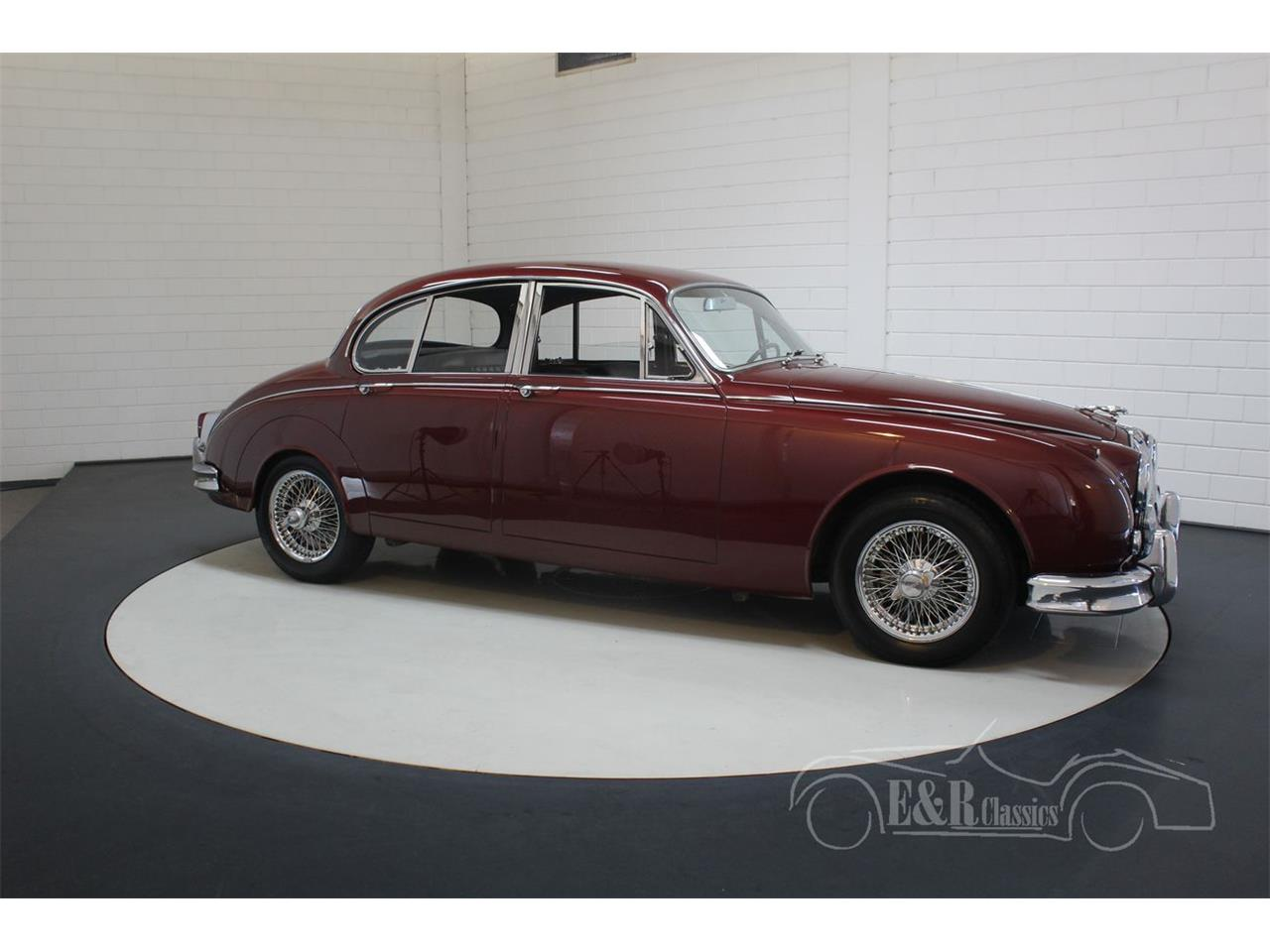 Large Picture of Classic 1960 Mark II - QJZJ