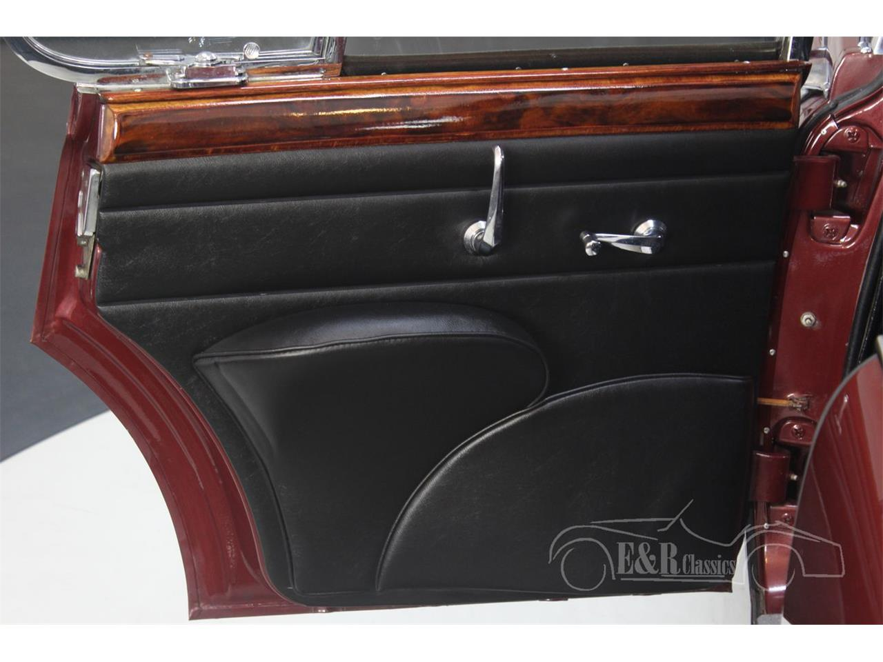 Large Picture of Classic 1960 Jaguar Mark II Offered by E & R Classics - QJZJ