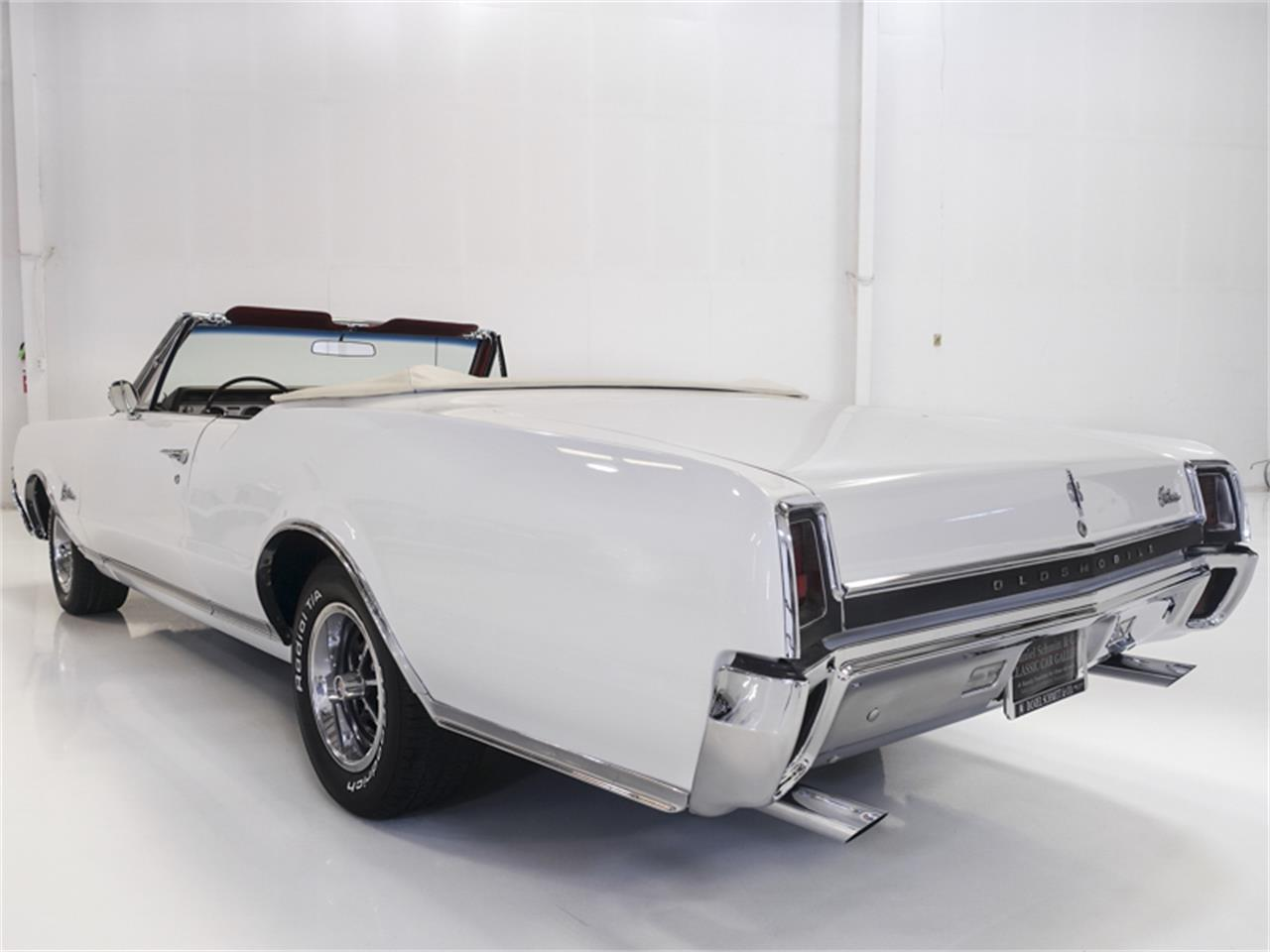 Large Picture of Classic '67 Cutlass Supreme - $29,900.00 Offered by Daniel Schmitt & Co. - QK0F