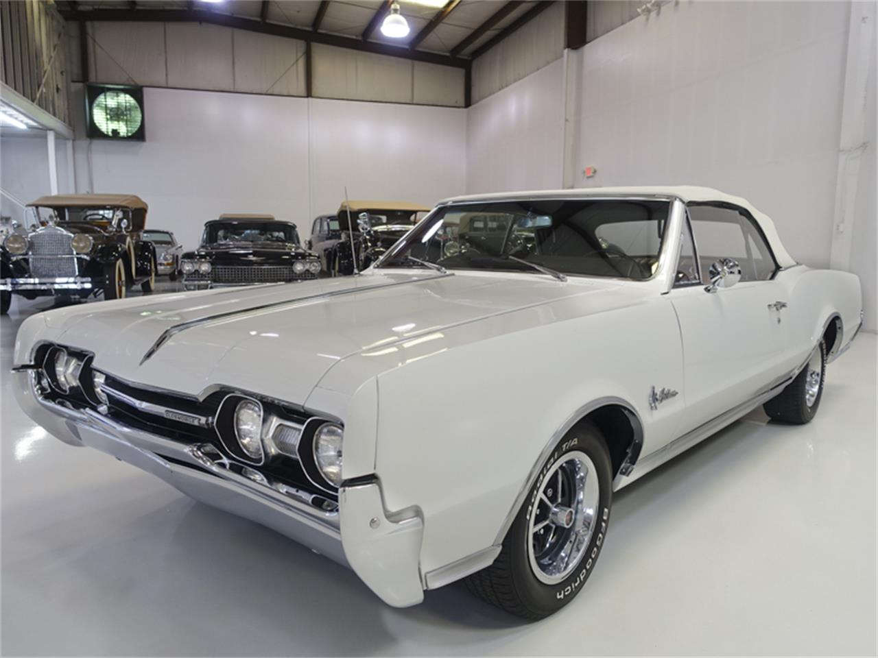 Large Picture of Classic 1967 Oldsmobile Cutlass Supreme Offered by Daniel Schmitt & Co. - QK0F