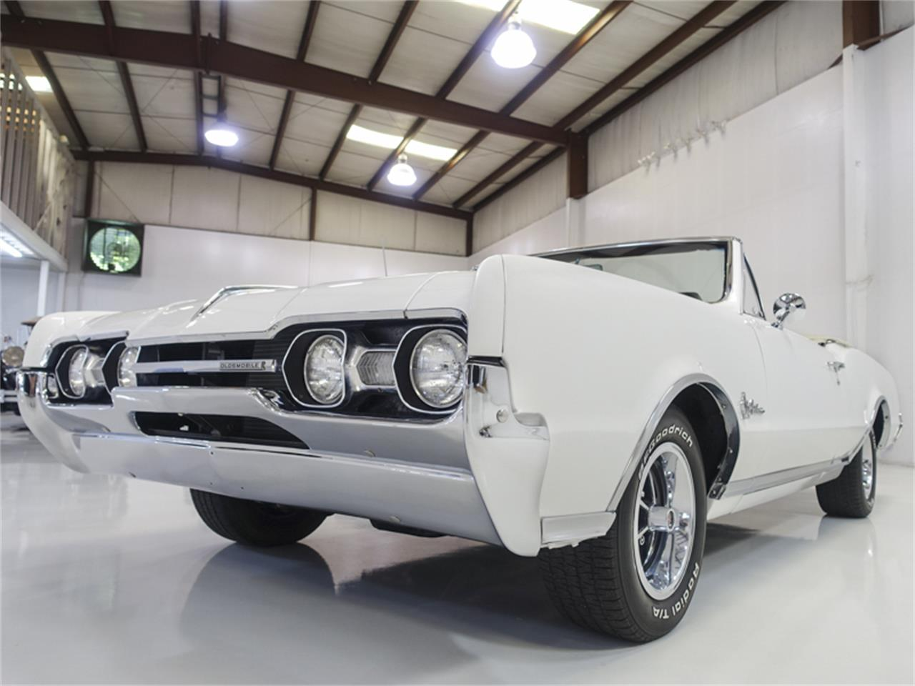 Large Picture of Classic '67 Oldsmobile Cutlass Supreme - QK0F