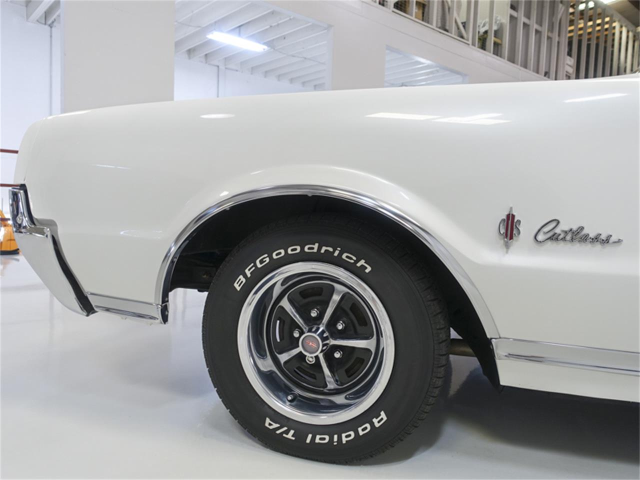 Large Picture of 1967 Oldsmobile Cutlass Supreme located in Missouri - $29,900.00 - QK0F