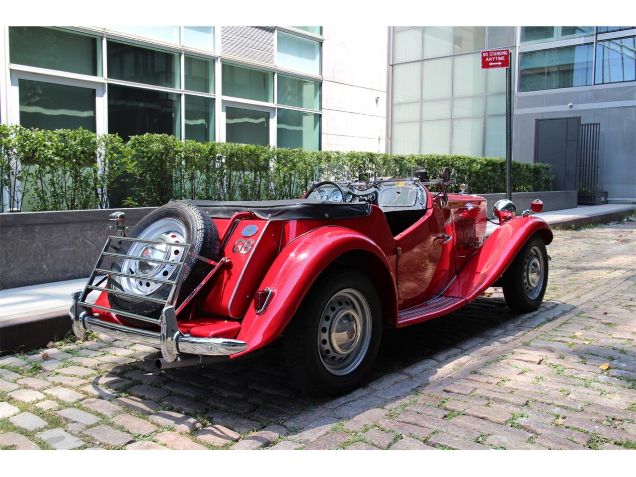 Large Picture of '52 MG TD located in New York New York - QK0R