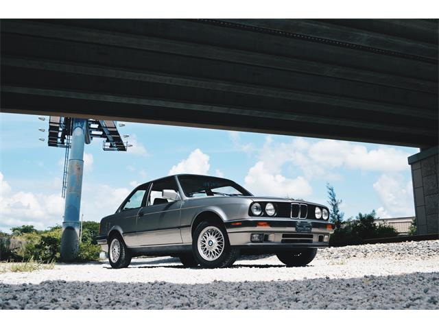 Picture of '89 BMW 3 Series located in Miami Florida - QK3F