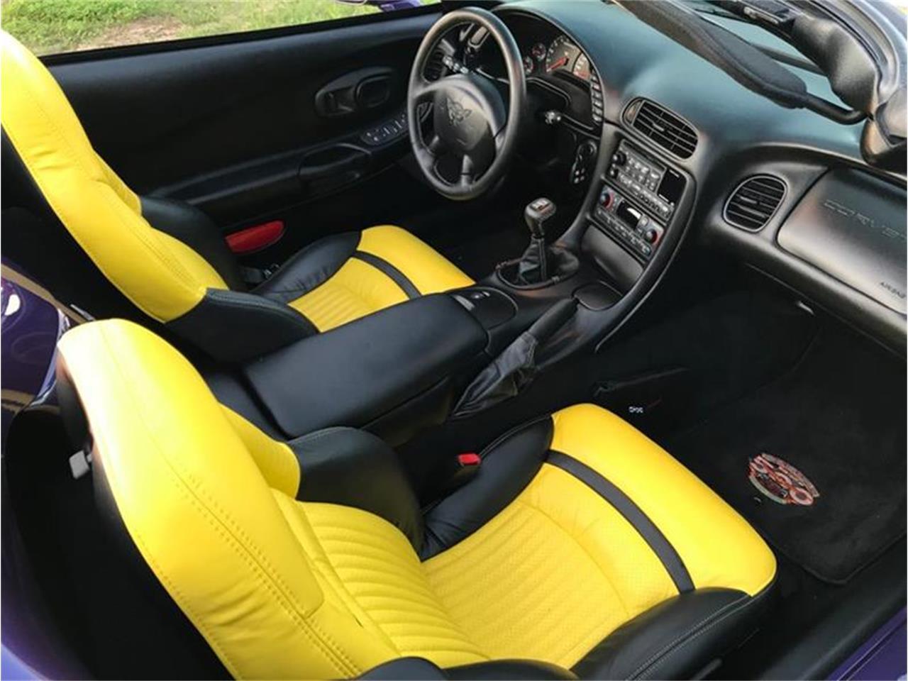 Large Picture of '98 Corvette - QK4R