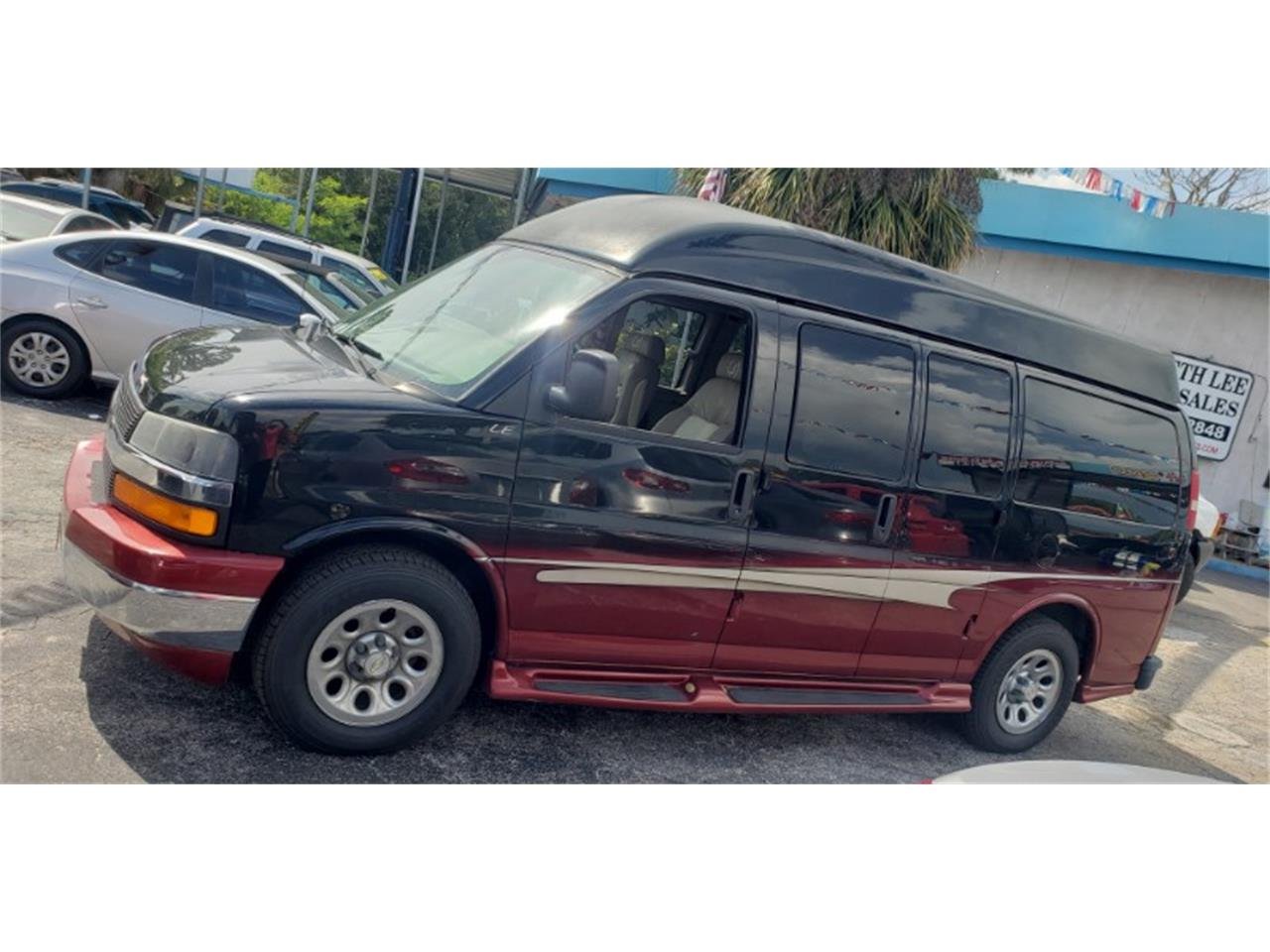 Large Picture of '07 Express - QK5H