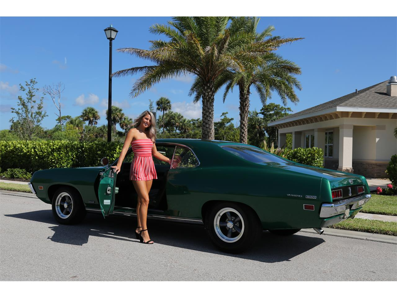 Large Picture of '71 Torino - QK86