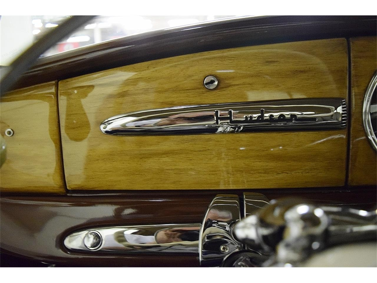 Large Picture of Classic '48 Commodore - QK9S