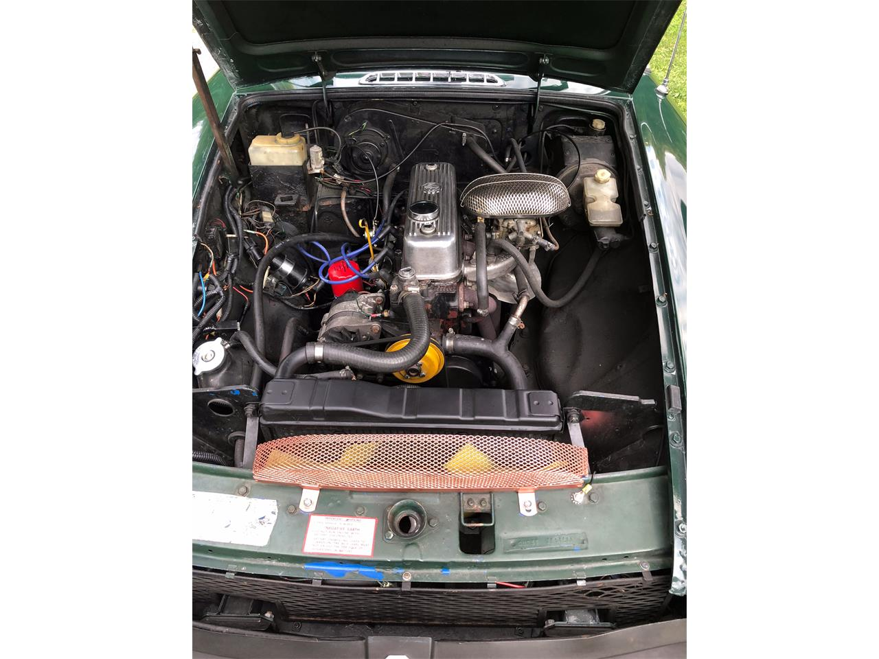 Large Picture of '77 MGB - QKAD