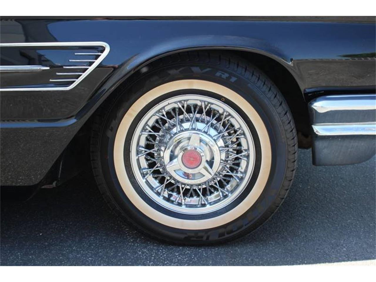 Large Picture of '65 Thunderbird - QKBR