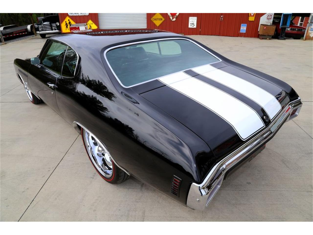 Large Picture of Classic '70 Chevelle located in Lenoir City Tennessee Offered by Smoky Mountain Traders - QKD7