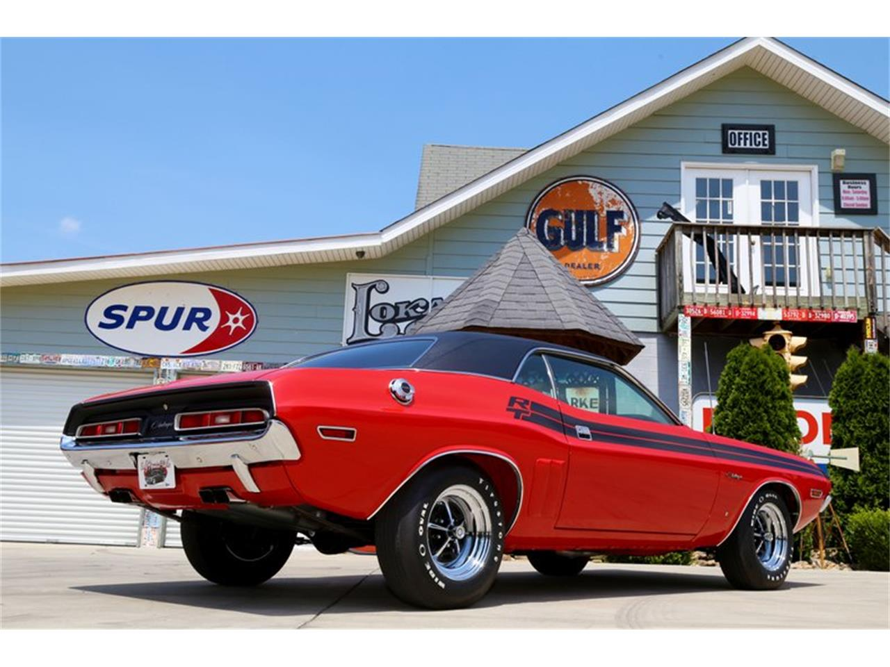 Large Picture of '71 Challenger - QKDB