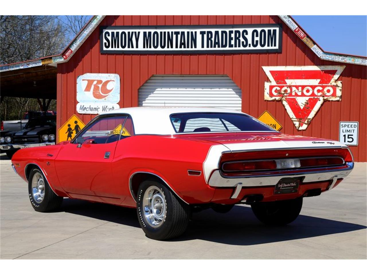 Large Picture of Classic '70 Dodge Challenger located in Lenoir City Tennessee - $77,995.00 - QKDF