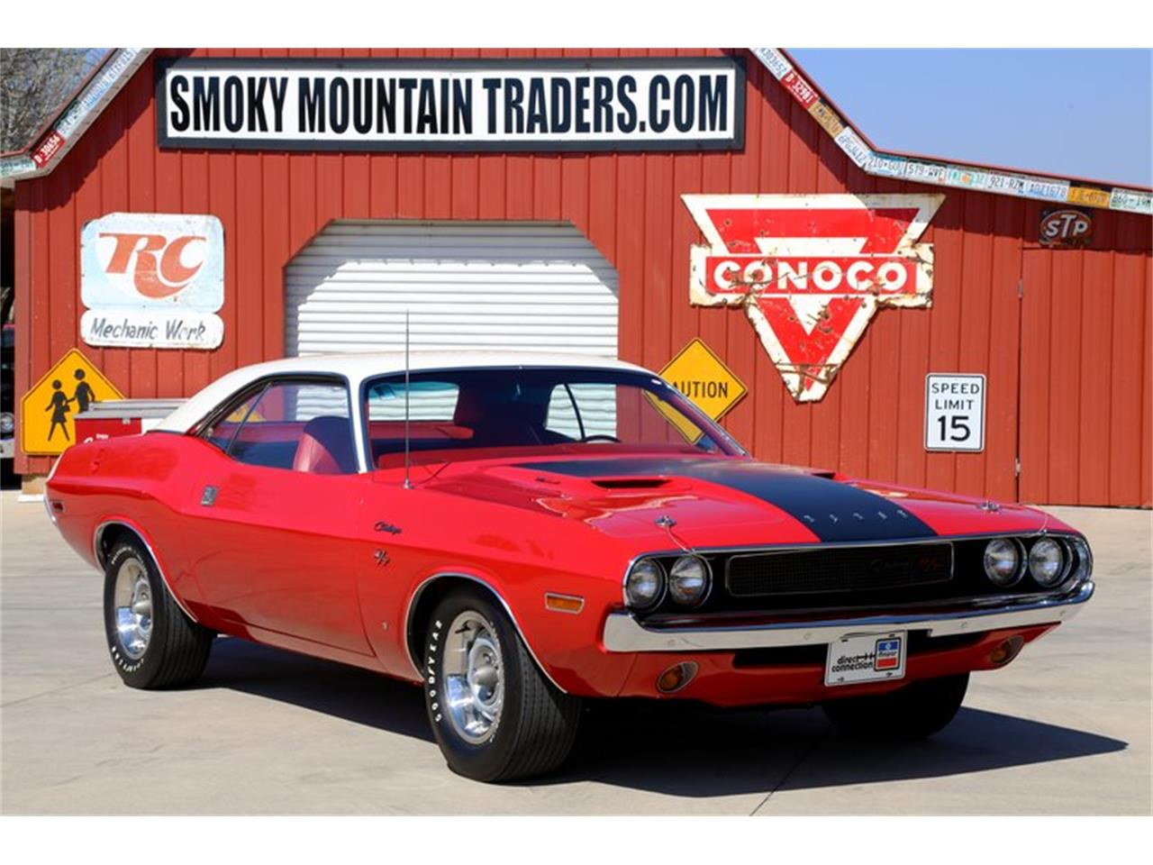 Large Picture of '70 Challenger - QKDF