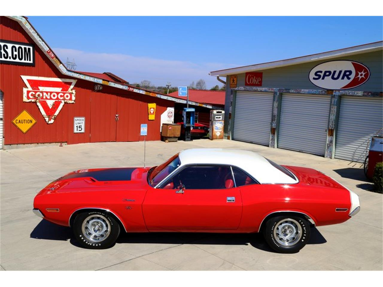 Large Picture of 1970 Dodge Challenger Offered by Smoky Mountain Traders - QKDF