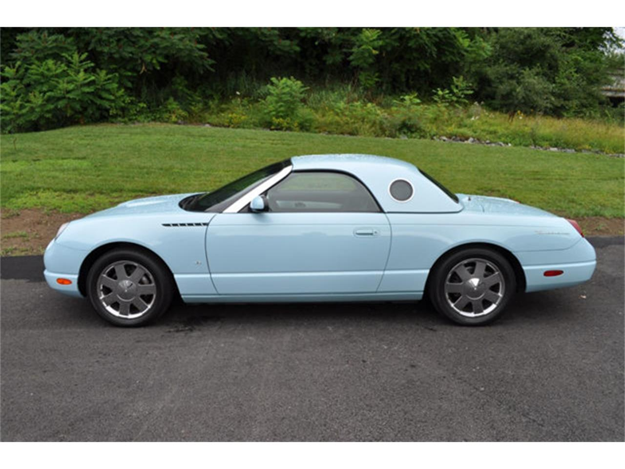 Large Picture of '03 Thunderbird - QKEJ
