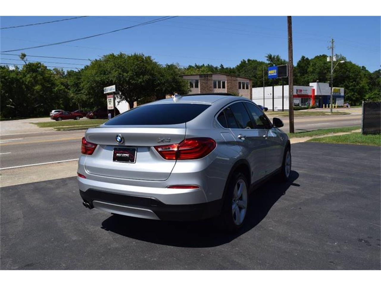 Large Picture of 2016 BMW X4 located in Mississippi - QKEO