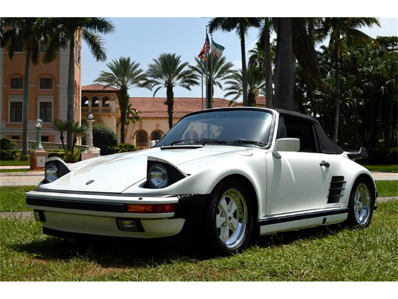Large Picture of '88 Porsche 911 located in Florida - QKFZ