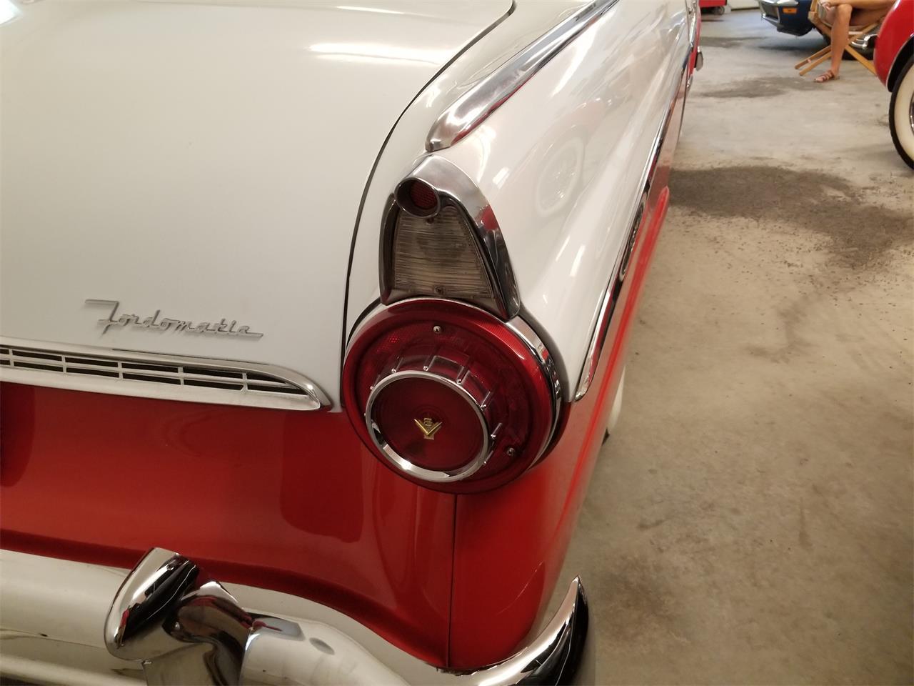Large Picture of '55 Fairlane - QKJG