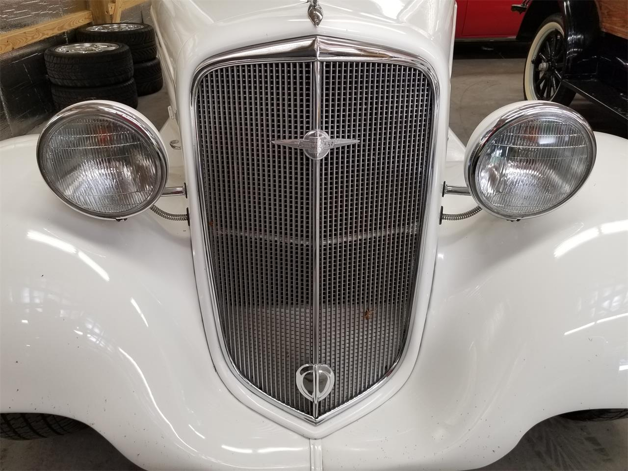 Large Picture of Classic 1935 Chevrolet Sedan Offered by Southern Classic Car - QKKC