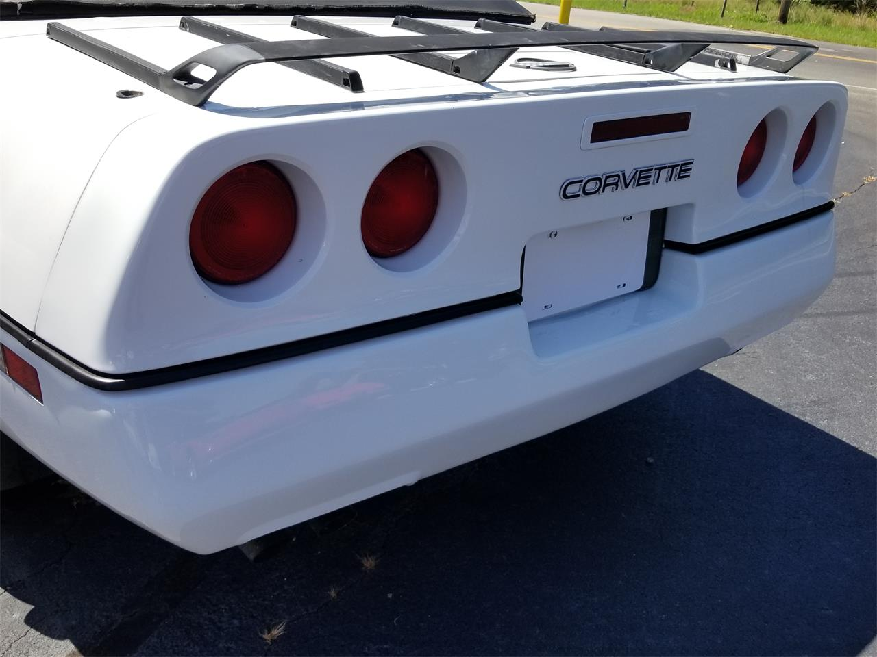 Large Picture of '90 Chevrolet Corvette Offered by Southern Classic Car - QKKM