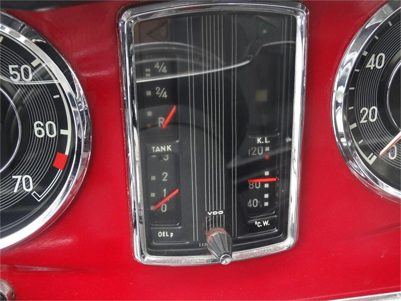Large Picture of Classic 1967 SL-Class Auction Vehicle - QDTZ