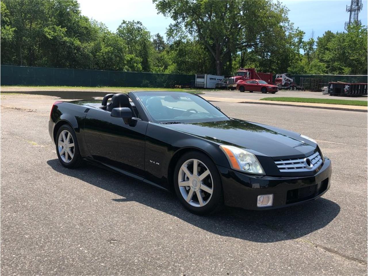 Large Picture of '04 Cadillac XLR - $22,500.00 - QDU0