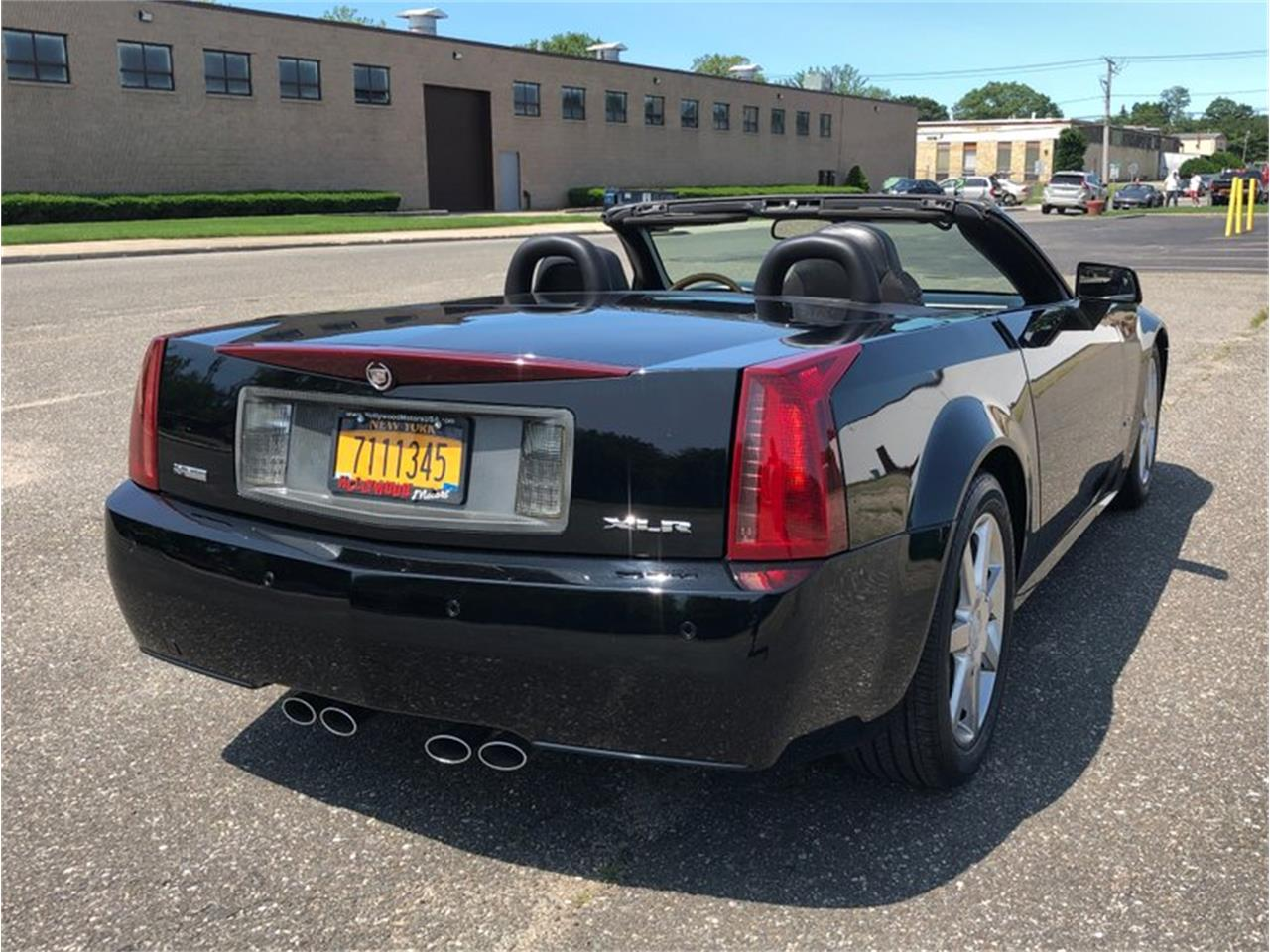 Large Picture of '04 Cadillac XLR located in New York Offered by Hollywood Motors - QDU0