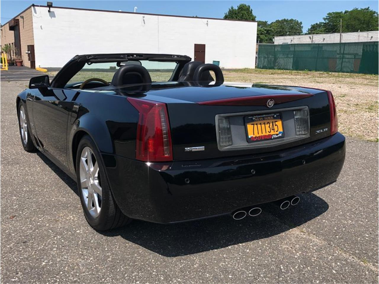 Large Picture of 2004 Cadillac XLR located in New York Offered by Hollywood Motors - QDU0
