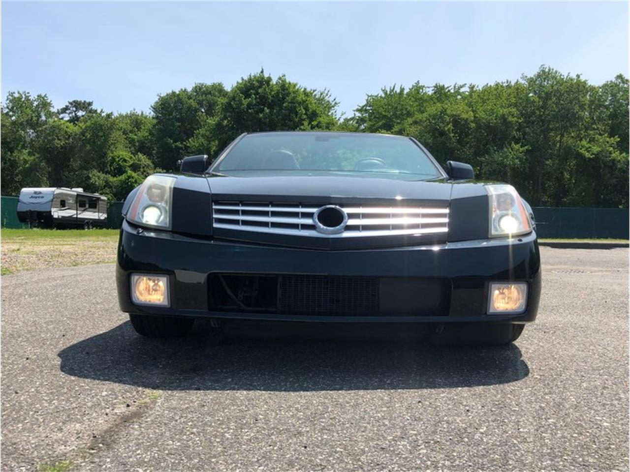 Large Picture of '04 Cadillac XLR located in New York - QDU0