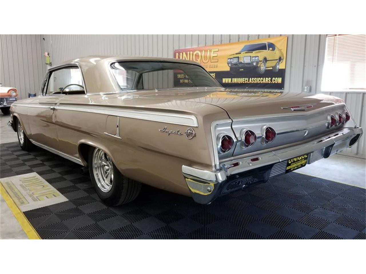 Large Picture of Classic 1962 Chevrolet Impala located in Minnesota - $29,900.00 Offered by Unique Specialty And Classics - QKOQ
