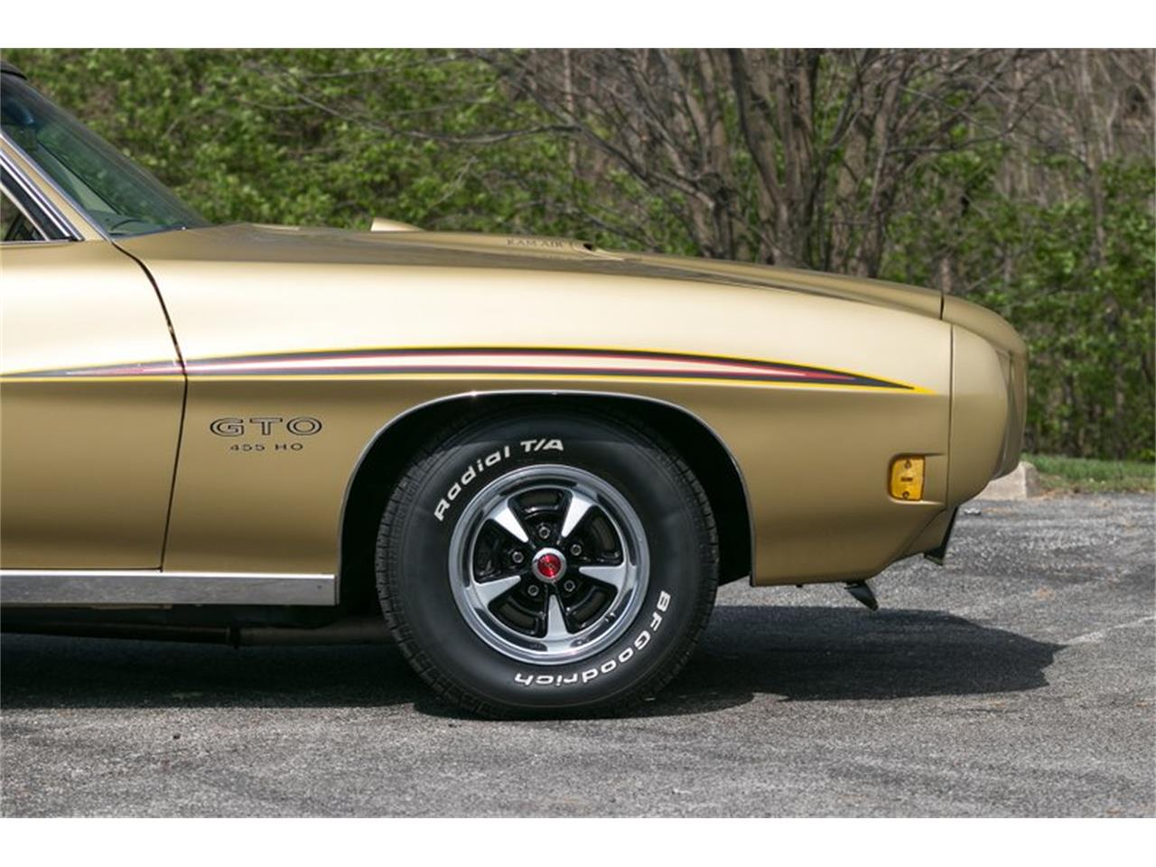 Large Picture of '70 GTO located in Missouri Offered by Fast Lane Classic Cars Inc. - QKPX