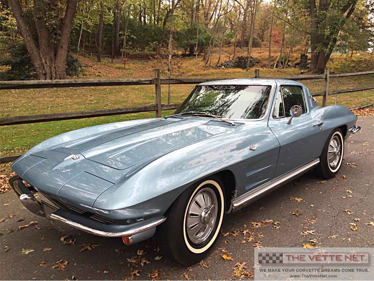 Large Picture of '64 Corvette - QKRC