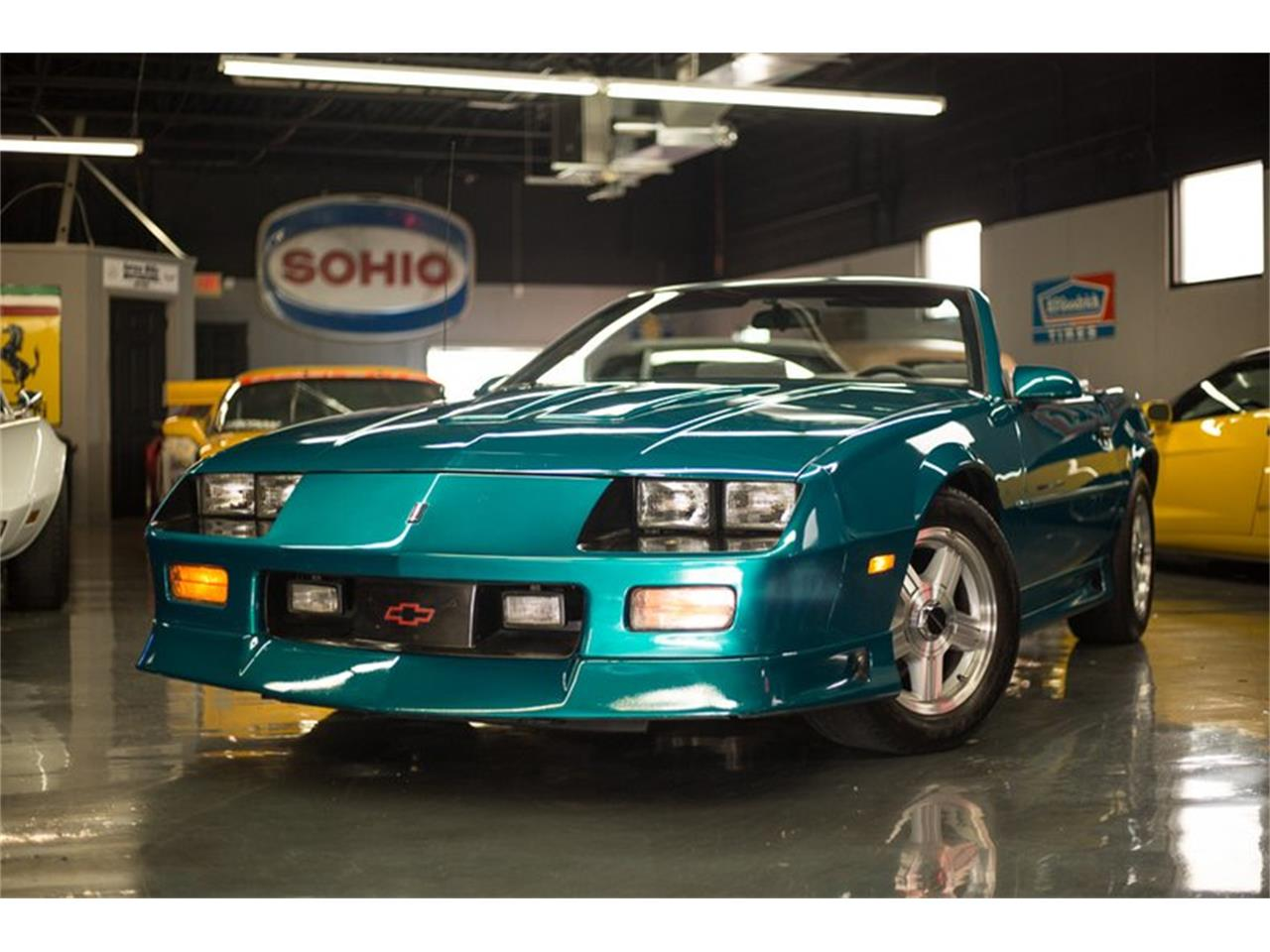 Large Picture of 1992 Chevrolet Camaro located in Cincinnati Ohio Offered by Seven Hills Motorcars - QLU7